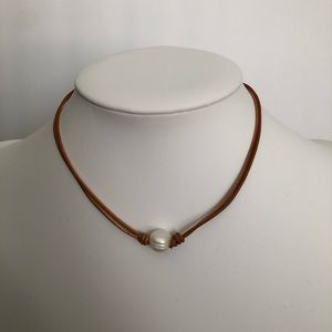 Jewelry - NEW pearl choker/necklace